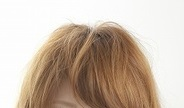 高明度&低彩度の髪色